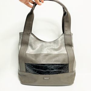 NWOT Relic by Fossil Silver Striped Shoulder Bag